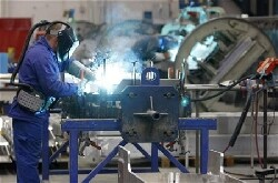 France : rebond dans l'industrie en février