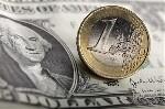 Se positionner pleinement sur la parité euro dollar, un pari dangereux