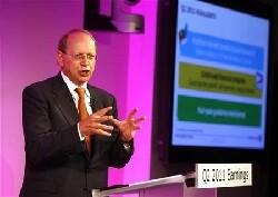 Alcatel-Lucent renégocie sa dette, le titre décolle