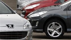 Marché auto : Renault et PSA s'en sortent bien en novembre