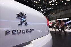 Peugeot et Alcatel resteront français, affirme Arnaud Montebourg
