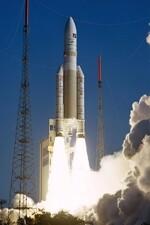 L'Etat vend à Airbus et Safran sa participation dans Arianespace
