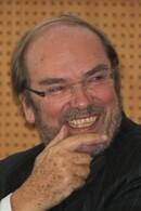 Interview de Marc de Scitivaux : Economiste français. Fondateur et Directeur des Cahiers verts de l'économie
