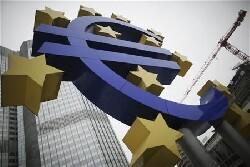 Zone euro: chômage et inflation restent bien orientés
