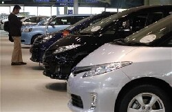 Marché automobile : Peugeot souffre, Renault résiste grâce à Dacia